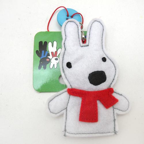lisa-不织布手偶造型吊饰-白狗