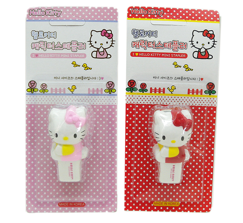 辦公文具_Hello Kitty-造型訂書機2色-側坐